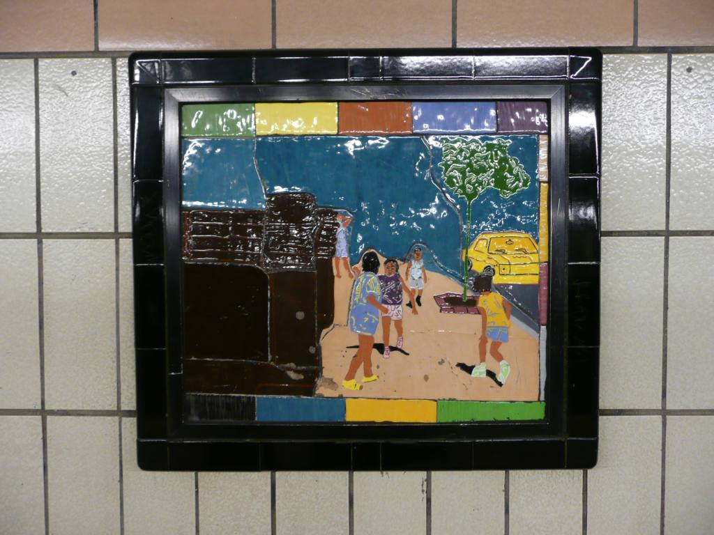 (129k, 1024x768)<br><b>Country:</b> United States<br><b>City:</b> New York<br><b>System:</b> New York City Transit<br><b>Line:</b> IRT West Side Line<br><b>Location:</b> 86th Street <br><b>Photo by:</b> Robbie Rosenfeld<br><b>Date:</b> 10/23/2008<br><b>Artwork:</b> <i>Westside Views</i>, Nitza Tufino (1989).<br><b>Viewed (this week/total):</b> 0 / 1306