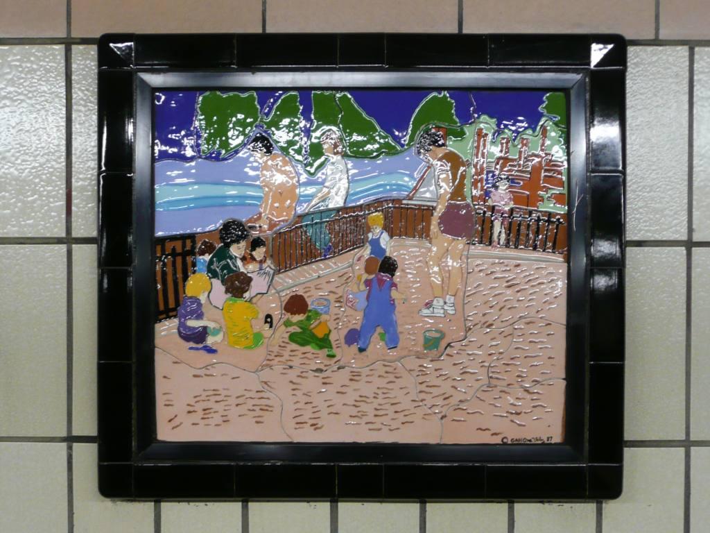 (119k, 1024x768)<br><b>Country:</b> United States<br><b>City:</b> New York<br><b>System:</b> New York City Transit<br><b>Line:</b> IRT West Side Line<br><b>Location:</b> 86th Street <br><b>Photo by:</b> Robbie Rosenfeld<br><b>Date:</b> 10/23/2008<br><b>Artwork:</b> <i>Westside Views</i>, Nitza Tufino (1989).<br><b>Viewed (this week/total):</b> 1 / 1150
