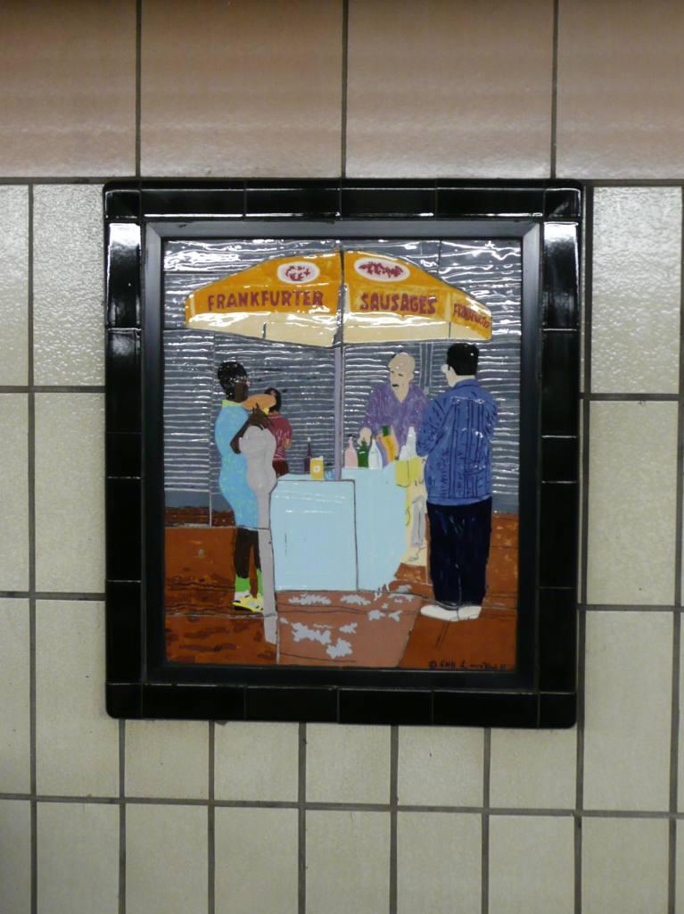 (97k, 767x1024)<br><b>Country:</b> United States<br><b>City:</b> New York<br><b>System:</b> New York City Transit<br><b>Line:</b> IRT West Side Line<br><b>Location:</b> 86th Street <br><b>Photo by:</b> Robbie Rosenfeld<br><b>Date:</b> 10/27/2008<br><b>Artwork:</b> <i>Westside Views</i>, Nitza Tufino (1989).<br><b>Viewed (this week/total):</b> 0 / 1114
