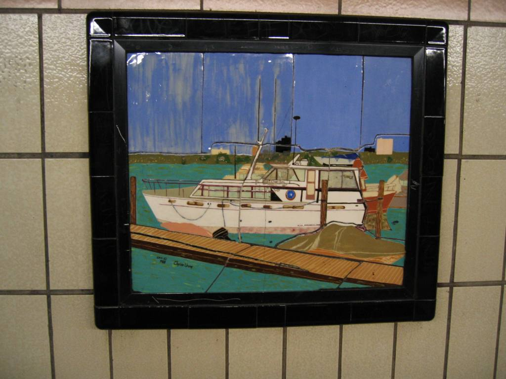 (94k, 1024x768)<br><b>Country:</b> United States<br><b>City:</b> New York<br><b>System:</b> New York City Transit<br><b>Line:</b> IRT West Side Line<br><b>Location:</b> 86th Street <br><b>Photo by:</b> Robbie Rosenfeld<br><b>Date:</b> 4/11/2005<br><b>Artwork:</b> <i>Westside Views</i>, Nitza Tufino (1989).<br><b>Viewed (this week/total):</b> 2 / 1031