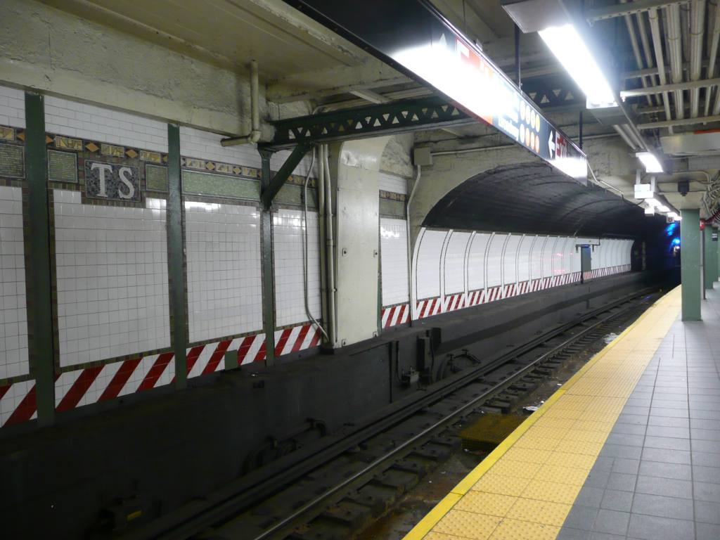 (116k, 1024x768)<br><b>Country:</b> United States<br><b>City:</b> New York<br><b>System:</b> New York City Transit<br><b>Line:</b> IRT Flushing Line<br><b>Location:</b> Times Square <br><b>Photo by:</b> Robbie Rosenfeld<br><b>Date:</b> 10/23/2008<br><b>Notes:</b> Tunnel.<br><b>Viewed (this week/total):</b> 0 / 2319
