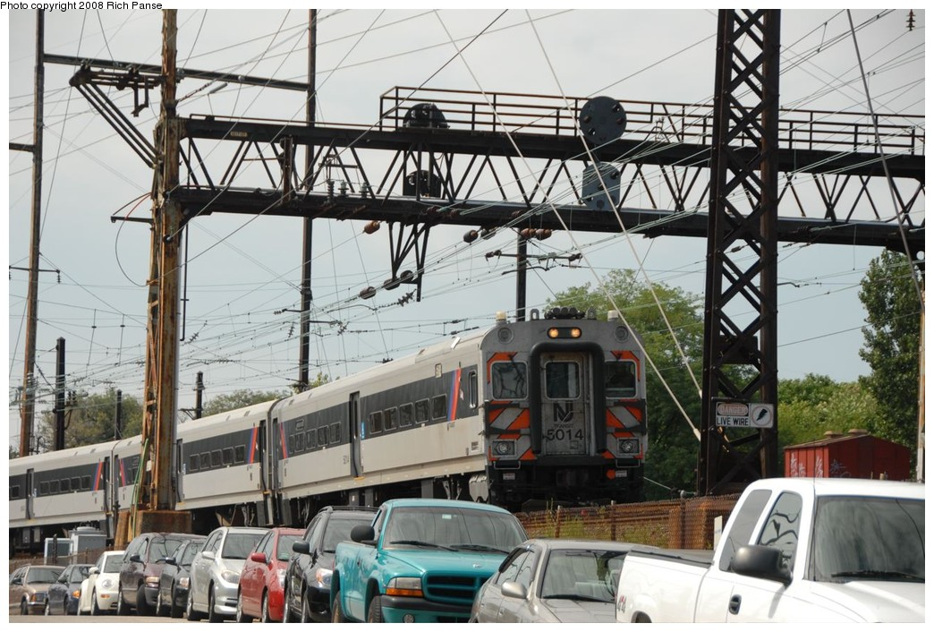 (251k, 1044x706)<br><b>Country:</b> United States<br><b>System:</b> NJ Transit (or Predecessor)<br><b>Line:</b> NJT Atlantic City Line<br><b>Location:</b> Zoo Interlocking Area <br><b>Car:</b> NJT Comet IV 5014 <br><b>Photo by:</b> Richard Panse<br><b>Date:</b> 9/11/2008<br><b>Viewed (this week/total):</b> 3 / 2496