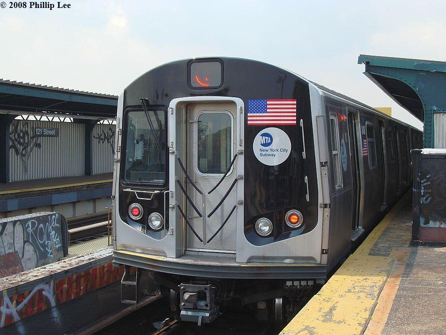 (122k, 900x675)<br><b>Country:</b> United States<br><b>City:</b> New York<br><b>System:</b> New York City Transit<br><b>Line:</b> BMT Nassau Street/Jamaica Line<br><b>Location:</b> 121st Street <br><b>Route:</b> J<br><b>Car:</b> R-160A-1 (Alstom, 2005-2008, 4 car sets)  8400 <br><b>Photo by:</b> Phillip Lee<br><b>Date:</b> 8/14/2008<br><b>Viewed (this week/total):</b> 0 / 1721