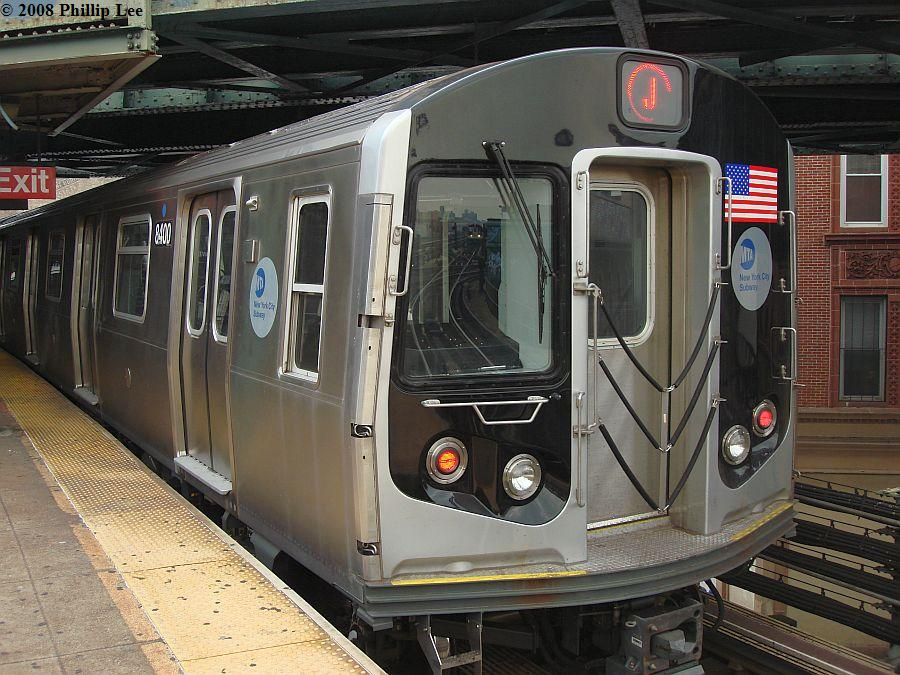 (142k, 900x675)<br><b>Country:</b> United States<br><b>City:</b> New York<br><b>System:</b> New York City Transit<br><b>Line:</b> BMT Nassau Street/Jamaica Line<br><b>Location:</b> Myrtle Avenue <br><b>Route:</b> J<br><b>Car:</b> R-160A-1 (Alstom, 2005-2008, 4 car sets)  8400 <br><b>Photo by:</b> Phillip Lee<br><b>Date:</b> 8/14/2008<br><b>Viewed (this week/total):</b> 0 / 1721