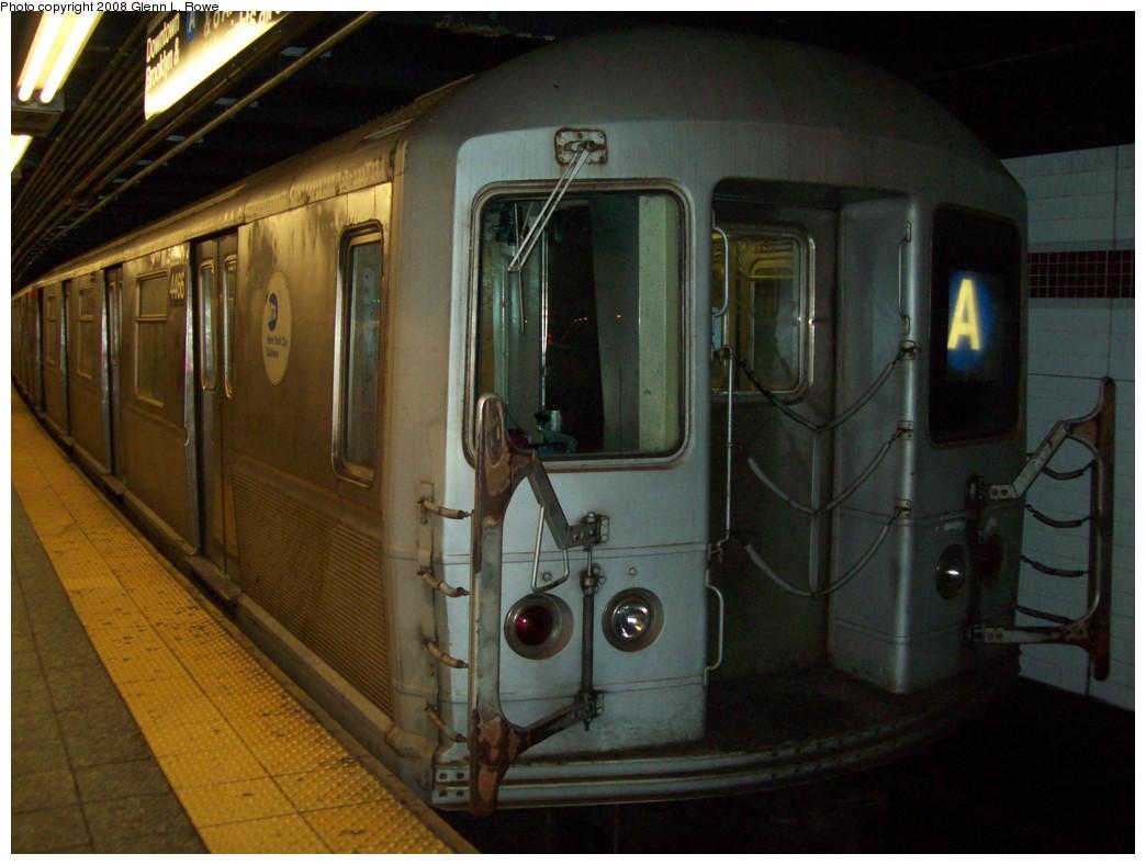 (184k, 1044x788)<br><b>Country:</b> United States<br><b>City:</b> New York<br><b>System:</b> New York City Transit<br><b>Line:</b> IND 8th Avenue Line<br><b>Location:</b> 207th Street <br><b>Route:</b> A<br><b>Car:</b> R-40M (St. Louis, 1969)  4466 <br><b>Photo by:</b> Glenn L. Rowe<br><b>Date:</b> 11/5/2008<br><b>Viewed (this week/total):</b> 0 / 1219