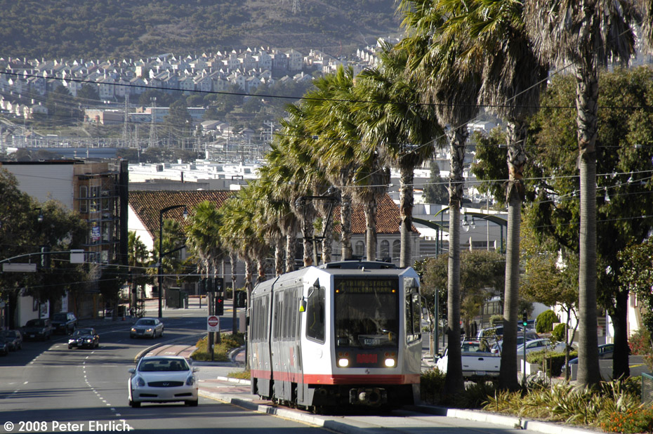 (309k, 930x618)<br><b>Country:</b> United States<br><b>City:</b> San Francisco/Bay Area, CA<br><b>System:</b> SF MUNI<br><b>Line:</b> MUNI 3rd Street Light Rail<br><b>Location:</b> Bayshore Blvd./Hester/Lois <br><b>Car:</b> SF MUNI Breda LRV 1485 <br><b>Photo by:</b> Peter Ehrlich<br><b>Date:</b> 11/9/2008<br><b>Notes:</b> Bayshore/Hester, outbound.<br><b>Viewed (this week/total):</b> 0 / 483