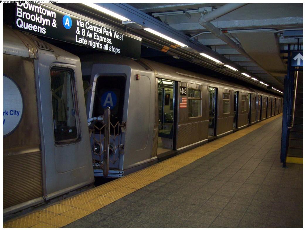 (212k, 1044x788)<br><b>Country:</b> United States<br><b>City:</b> New York<br><b>System:</b> New York City Transit<br><b>Line:</b> IND 8th Avenue Line<br><b>Location:</b> 207th Street <br><b>Route:</b> A<br><b>Car:</b> R-40 (St. Louis, 1968)  4449 <br><b>Photo by:</b> Glenn L. Rowe<br><b>Date:</b> 11/11/2008<br><b>Viewed (this week/total):</b> 0 / 1273