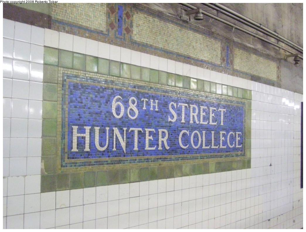 (203k, 1044x791)<br><b>Country:</b> United States<br><b>City:</b> New York<br><b>System:</b> New York City Transit<br><b>Line:</b> IRT East Side Line<br><b>Location:</b> 68th Street <br><b>Photo by:</b> Roberto C. Tobar<br><b>Date:</b> 11/7/2008<br><b>Viewed (this week/total):</b> 2 / 1228