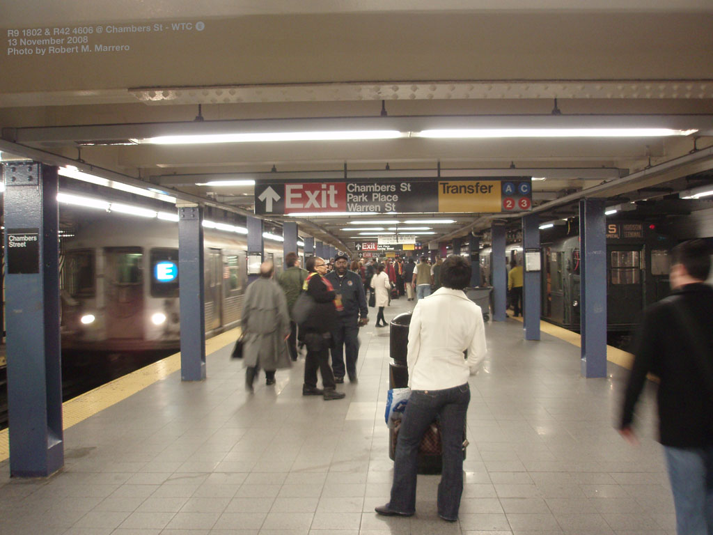 (162k, 1024x768)<br><b>Country:</b> United States<br><b>City:</b> New York<br><b>System:</b> New York City Transit<br><b>Line:</b> IND 8th Avenue Line<br><b>Location:</b> Chambers Street/World Trade Center <br><b>Route:</b> Fan Trip<br><b>Car:</b> R-1 (American Car & Foundry, 1930-1931) 100 <br><b>Photo by:</b> Robert Marrero<br><b>Date:</b> 11/13/2008<br><b>Notes:</b> With R42 on E train.<br><b>Viewed (this week/total):</b> 2 / 2562