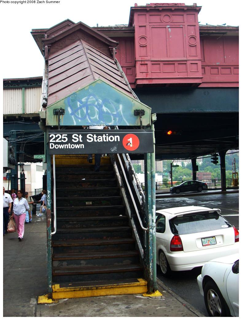 (295k, 788x1044)<br><b>Country:</b> United States<br><b>City:</b> New York<br><b>System:</b> New York City Transit<br><b>Line:</b> IRT West Side Line<br><b>Location:</b> 225th Street <br><b>Photo by:</b> Zach Summer<br><b>Date:</b> 8/2/2008<br><b>Notes:</b> Downtown street entrance<br><b>Viewed (this week/total):</b> 0 / 2110