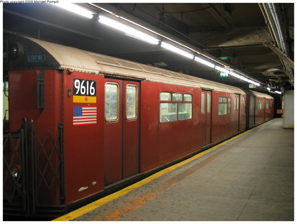 (219k, 1044x788)<br><b>Country:</b> United States<br><b>City:</b> New York<br><b>System:</b> New York City Transit<br><b>Line:</b> IRT Flushing Line<br><b>Location:</b> 5th Avenue <br><b>Route:</b> 7<br><b>Car:</b> R-36 World's Fair (St. Louis, 1963-64) 9616 <br><b>Photo by:</b> Michael Pompili<br><b>Date:</b> 10/20/2003<br><b>Viewed (this week/total):</b> 3 / 2103
