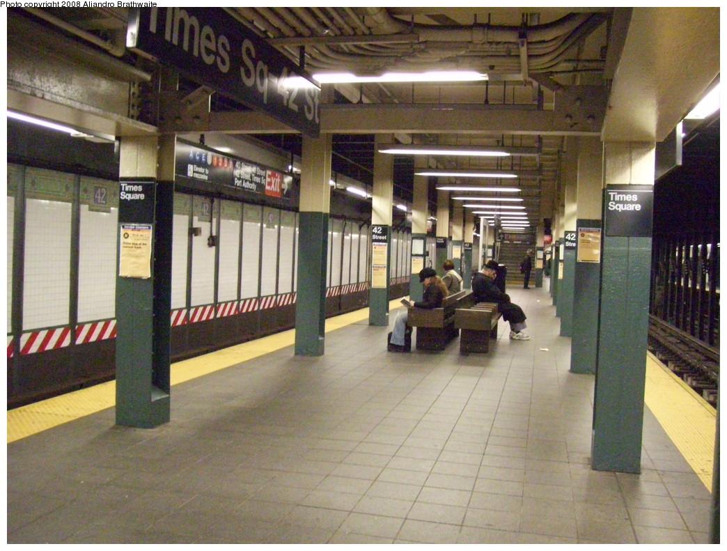 (263k, 1044x791)<br><b>Country:</b> United States<br><b>City:</b> New York<br><b>System:</b> New York City Transit<br><b>Line:</b> BMT Broadway Line<br><b>Location:</b> Times Square/42nd Street <br><b>Photo by:</b> Aliandro Brathwaite<br><b>Date:</b> 11/24/2008<br><b>Viewed (this week/total):</b> 3 / 2820