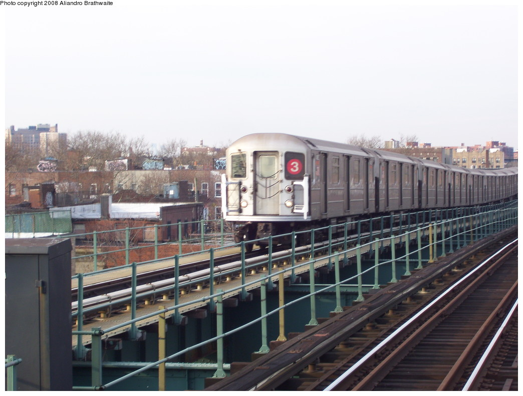 (198k, 1044x791)<br><b>Country:</b> United States<br><b>City:</b> New York<br><b>System:</b> New York City Transit<br><b>Line:</b> IRT Brooklyn Line<br><b>Location:</b> Van Siclen Avenue <br><b>Route:</b> 3<br><b>Car:</b> R-62 (Kawasaki, 1983-1985)  1590 <br><b>Photo by:</b> Aliandro Brathwaite<br><b>Date:</b> 11/26/2008<br><b>Viewed (this week/total):</b> 0 / 1511