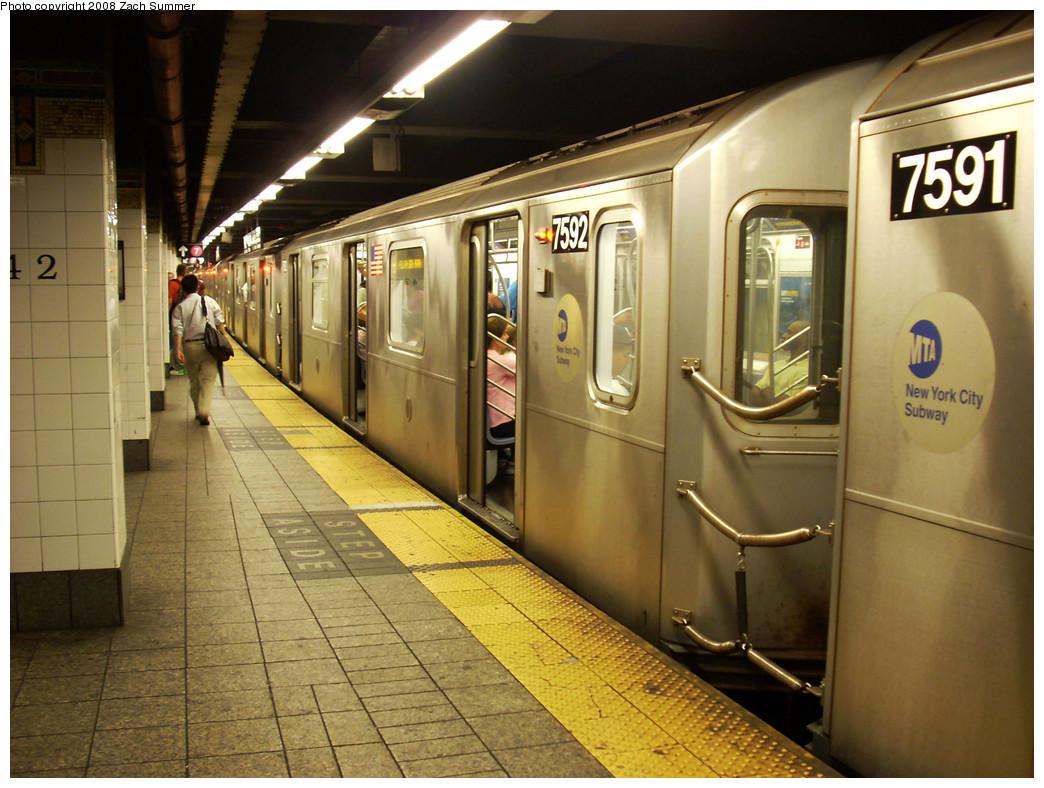 (282k, 1044x788)<br><b>Country:</b> United States<br><b>City:</b> New York<br><b>System:</b> New York City Transit<br><b>Line:</b> IRT East Side Line<br><b>Location:</b> Grand Central <br><b>Route:</b> 6<br><b>Car:</b> R-142A (Primary Order, Kawasaki, 1999-2002)  7592 <br><b>Photo by:</b> Zach Summer<br><b>Date:</b> 8/2/2008<br><b>Viewed (this week/total):</b> 1 / 1728