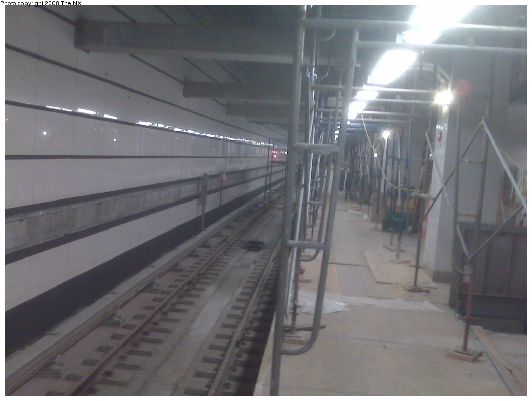 (157k, 1044x788)<br><b>Country:</b> United States<br><b>City:</b> New York<br><b>System:</b> New York City Transit<br><b>Line:</b> IRT West Side Line<br><b>Location:</b> South Ferry (New Station) <br><b>Photo by:</b> The NX<br><b>Date:</b> 11/20/2008<br><b>Viewed (this week/total):</b> 0 / 2066