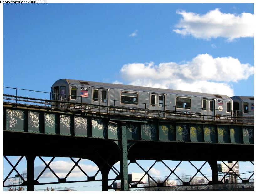 (135k, 820x620)<br><b>Country:</b> United States<br><b>City:</b> New York<br><b>System:</b> New York City Transit<br><b>Line:</b> IRT Flushing Line<br><b>Location:</b> Court House Square/45th Road <br><b>Route:</b> 7<br><b>Car:</b> R-62A (Bombardier, 1984-1987)  2095 <br><b>Photo by:</b> Bill E.<br><b>Date:</b> 11/22/2008<br><b>Viewed (this week/total):</b> 0 / 1393