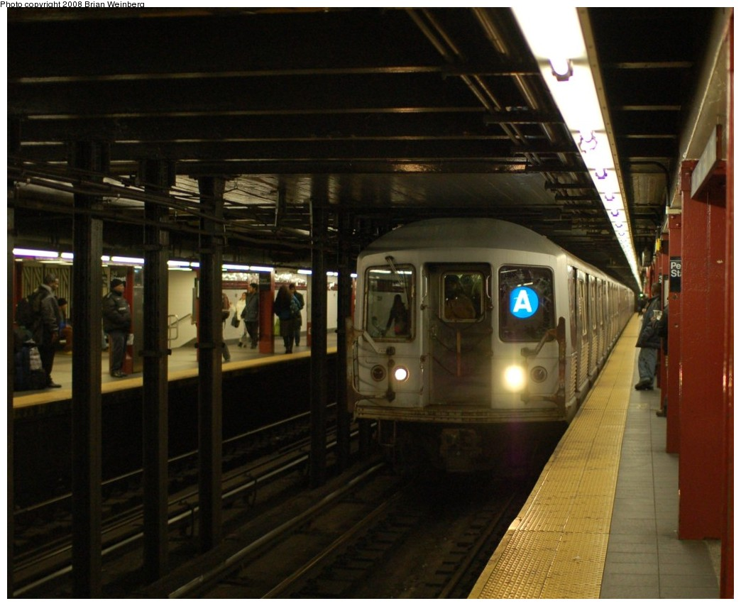 (239k, 1044x854)<br><b>Country:</b> United States<br><b>City:</b> New York<br><b>System:</b> New York City Transit<br><b>Line:</b> IND 8th Avenue Line<br><b>Location:</b> 34th Street/Penn Station <br><b>Route:</b> A<br><b>Car:</b> R-42 (St. Louis, 1969-1970)  4779 <br><b>Photo by:</b> Brian Weinberg<br><b>Date:</b> 11/25/2008<br><b>Viewed (this week/total):</b> 1 / 2336
