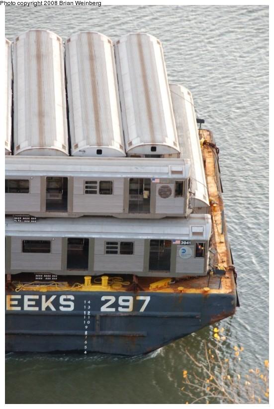 (177k, 551x820)<br><b>Country:</b> United States<br><b>City:</b> New York<br><b>System:</b> New York City Transit<br><b>Location:</b> Harlem River Ship Canal<br><b>Car:</b> R-32 (Budd, 1964)  3941 <br><b>Photo by:</b> Brian Weinberg<br><b>Date:</b> 11/21/2008<br><b>Viewed (this week/total):</b> 0 / 1189