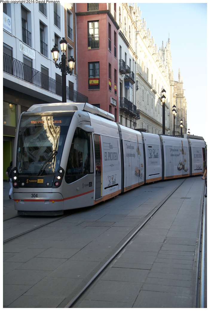 (246k, 703x1043)<br><b>Country:</b> Spain<br><b>City:</b> Seville<br><b>System:</b> Tranvía MetroCentro <br><b>Location:</b> Pl. de S. Francisco <br><b>Car:</b> CAF Urbos 3  304 <br><b>Photo by:</b> David Pirmann<br><b>Date:</b> 11/7/2015<br><b>Viewed (this week/total):</b> 0 / 524