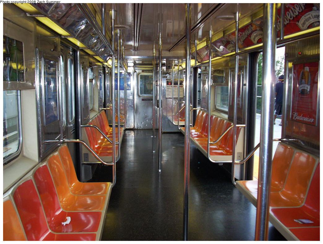 (328k, 1044x788)<br><b>Country:</b> United States<br><b>City:</b> New York<br><b>System:</b> New York City Transit<br><b>Route:</b> 4<br><b>Car:</b> R-62 (Kawasaki, 1983-1985)  1541 <br><b>Photo by:</b> Zach Summer<br><b>Date:</b> 8/2/2008<br><b>Viewed (this week/total):</b> 0 / 1061