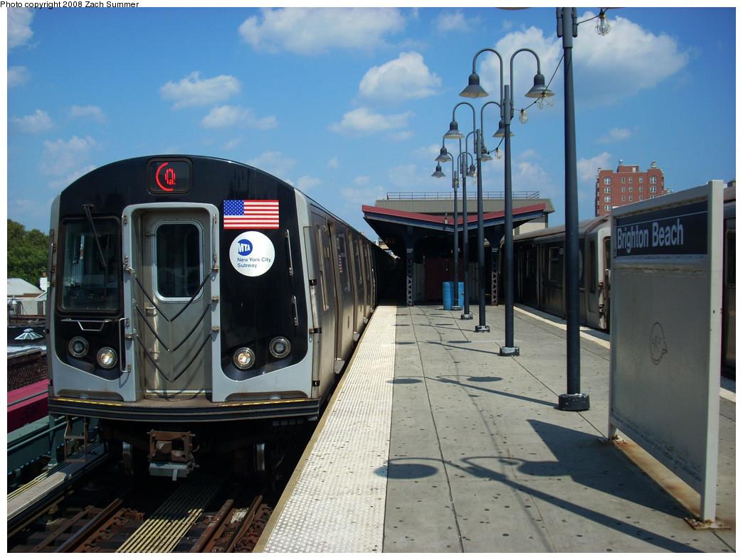 (264k, 1044x788)<br><b>Country:</b> United States<br><b>City:</b> New York<br><b>System:</b> New York City Transit<br><b>Line:</b> BMT Brighton Line<br><b>Location:</b> Brighton Beach <br><b>Route:</b> Q<br><b>Car:</b> R-160B (Kawasaki, 2005-2008)  8732 <br><b>Photo by:</b> Zach Summer<br><b>Date:</b> 8/6/2008<br><b>Viewed (this week/total):</b> 0 / 1245