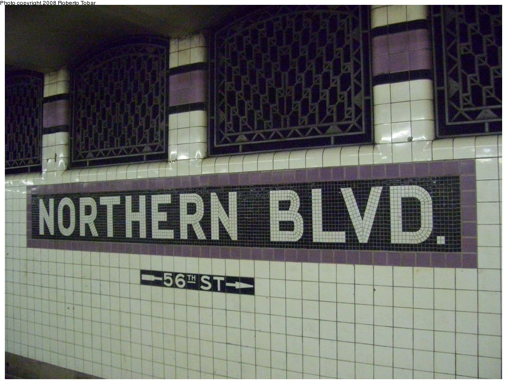(219k, 1044x791)<br><b>Country:</b> United States<br><b>City:</b> New York<br><b>System:</b> New York City Transit<br><b>Line:</b> IND Queens Boulevard Line<br><b>Location:</b> Northern Boulevard <br><b>Photo by:</b> Roberto C. Tobar<br><b>Date:</b> 12/20/2008<br><b>Viewed (this week/total):</b> 2 / 1417