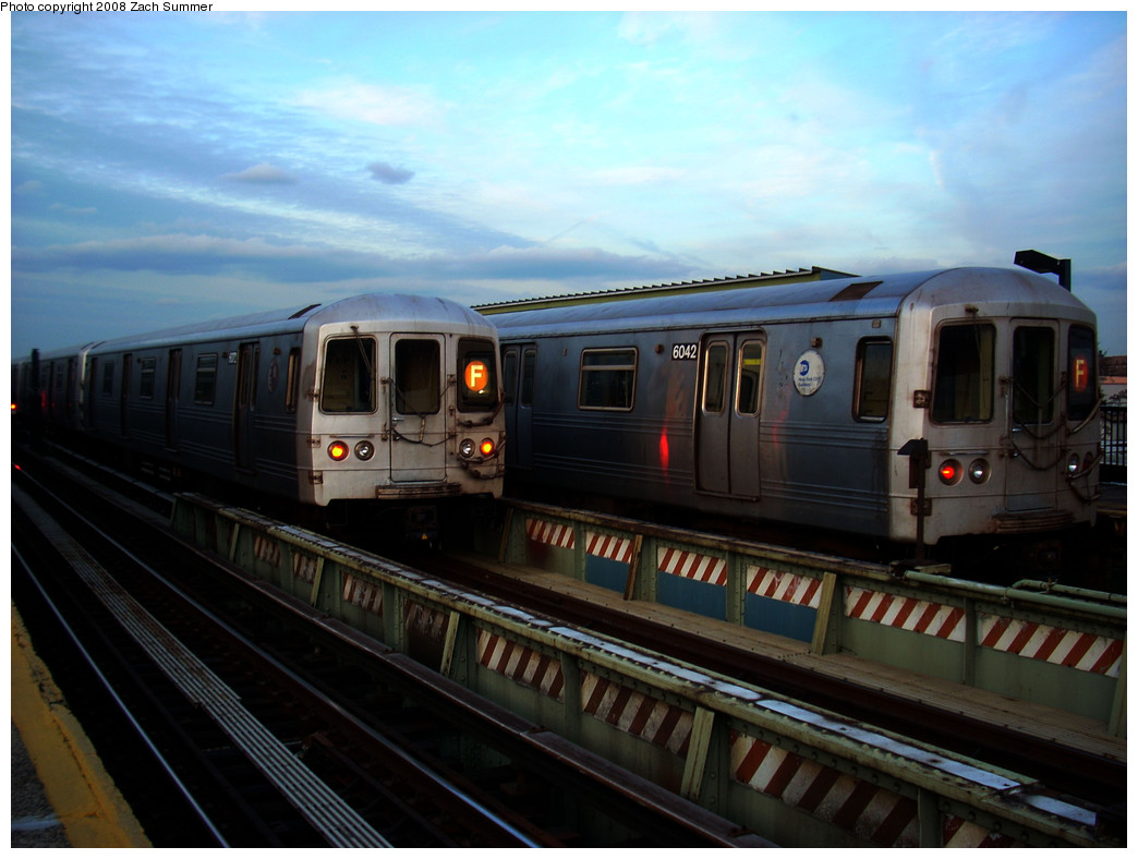 (219k, 1044x788)<br><b>Country:</b> United States<br><b>City:</b> New York<br><b>System:</b> New York City Transit<br><b>Line:</b> BMT Culver Line<br><b>Location:</b> Avenue X <br><b>Route:</b> F<br><b>Car:</b> R-46 (Pullman-Standard, 1974-75) 6072/6042 <br><b>Photo by:</b> Zach Summer<br><b>Date:</b> 12/5/2008<br><b>Viewed (this week/total):</b> 0 / 1282