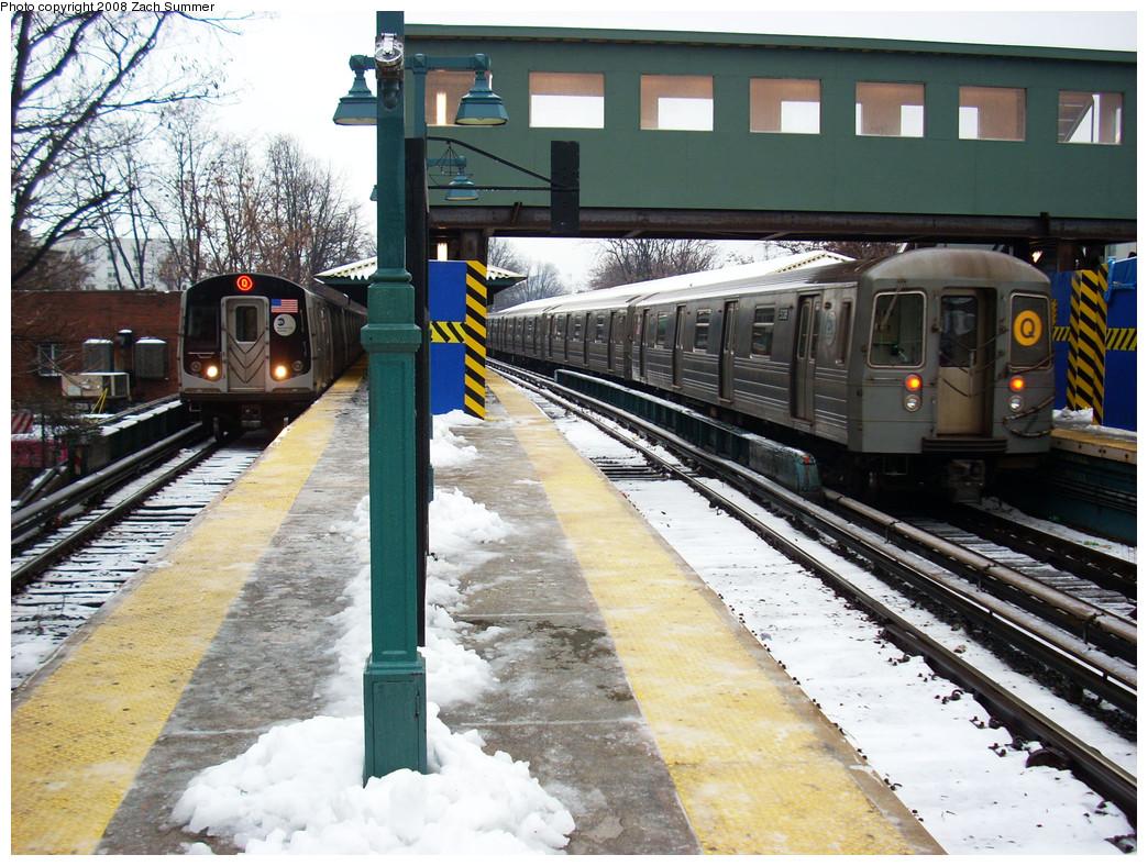 (344k, 1044x788)<br><b>Country:</b> United States<br><b>City:</b> New York<br><b>System:</b> New York City Transit<br><b>Line:</b> BMT Brighton Line<br><b>Location:</b> Sheepshead Bay <br><b>Route:</b> Q<br><b>Car:</b> R-160B (Kawasaki, 2005-2008)  8718 <br><b>Photo by:</b> Zach Summer<br><b>Date:</b> 12/21/2008<br><b>Notes:</b> With R68A 5138 on Q.<br><b>Viewed (this week/total):</b> 0 / 1612