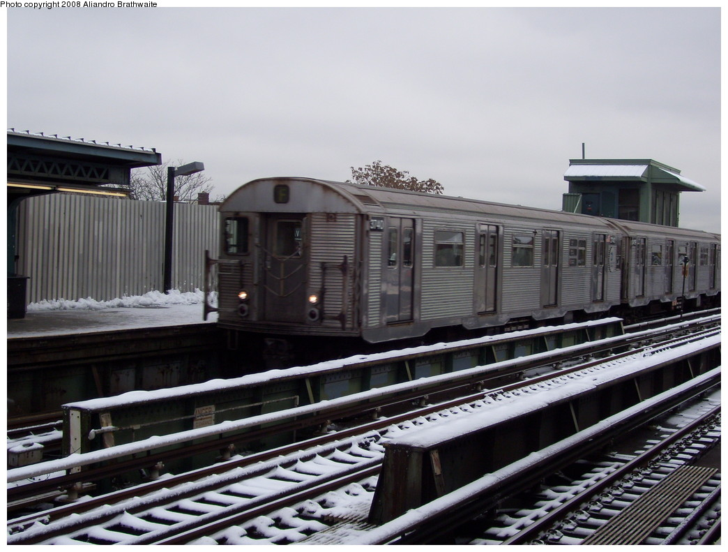 (220k, 1044x791)<br><b>Country:</b> United States<br><b>City:</b> New York<br><b>System:</b> New York City Transit<br><b>Line:</b> BMT Culver Line<br><b>Location:</b> Ditmas Avenue <br><b>Route:</b> F<br><b>Car:</b> R-32 (Budd, 1964)  3740 <br><b>Photo by:</b> Aliandro Brathwaite<br><b>Date:</b> 12/20/2008<br><b>Viewed (this week/total):</b> 1 / 1097
