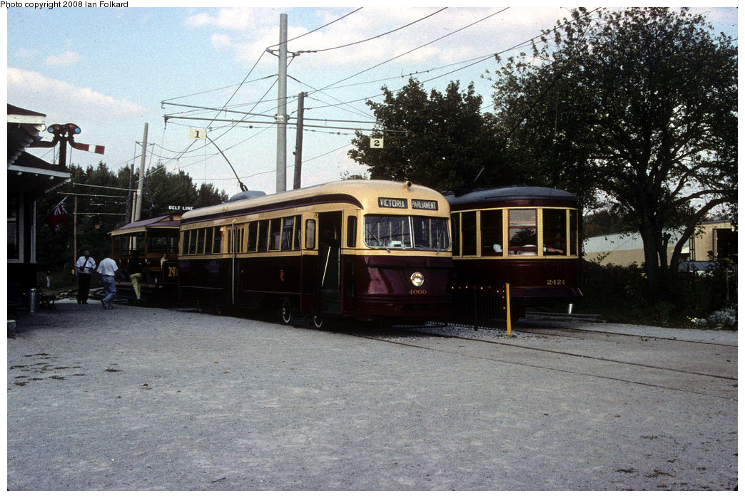 (308k, 1044x699)<br><b>Country:</b> Canada<br><b>City:</b> Toronto<br><b>System:</b> Halton County Radial Railway <br><b>Photo by:</b> Ian Folkard<br><b>Date:</b> 10/2000<br><b>Notes:</b> 4000 at station at west end with 2424 & 327.<br><b>Viewed (this week/total):</b> 0 / 651