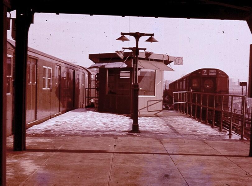 (126k, 811x601)<br><b>Country:</b> United States<br><b>City:</b> New York<br><b>System:</b> New York City Transit<br><b>Line:</b> BMT Astoria Line<br><b>Location:</b> Queensborough Plaza <br><b>Photo by:</b> Brian J. Cudahy<br><b>Date:</b> 12/1961<br><b>Notes:</b> BMT & IRT trains at Queensborough Plaza.<br><b>Viewed (this week/total):</b> 1 / 1527