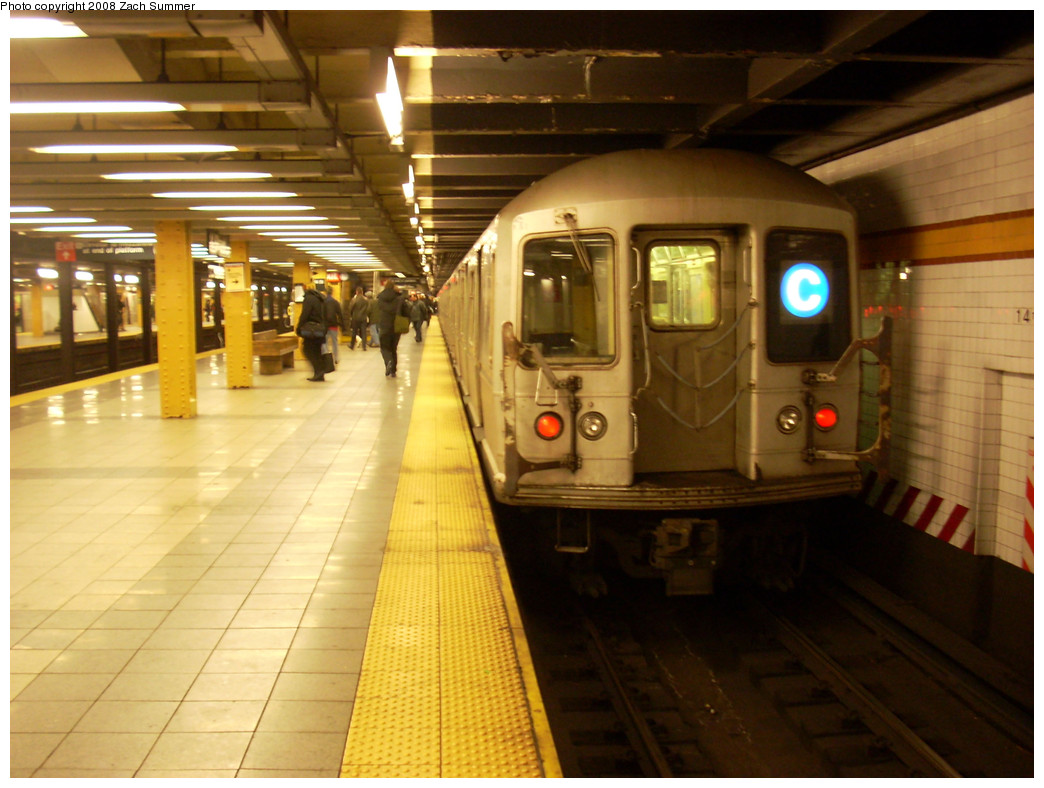 (256k, 1044x788)<br><b>Country:</b> United States<br><b>City:</b> New York<br><b>System:</b> New York City Transit<br><b>Line:</b> IND 8th Avenue Line<br><b>Location:</b> 14th Street <br><b>Route:</b> C<br><b>Car:</b> R-40M (St. Louis, 1969)  4542 <br><b>Photo by:</b> Zach Summer<br><b>Date:</b> 12/21/2008<br><b>Viewed (this week/total):</b> 1 / 1639
