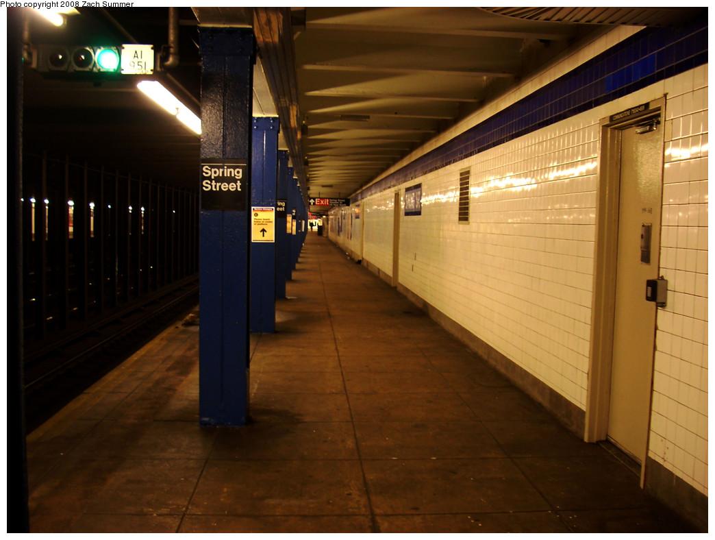 (229k, 1044x788)<br><b>Country:</b> United States<br><b>City:</b> New York<br><b>System:</b> New York City Transit<br><b>Line:</b> IND 8th Avenue Line<br><b>Location:</b> Spring Street <br><b>Photo by:</b> Zach Summer<br><b>Date:</b> 12/21/2008<br><b>Viewed (this week/total):</b> 2 / 1121