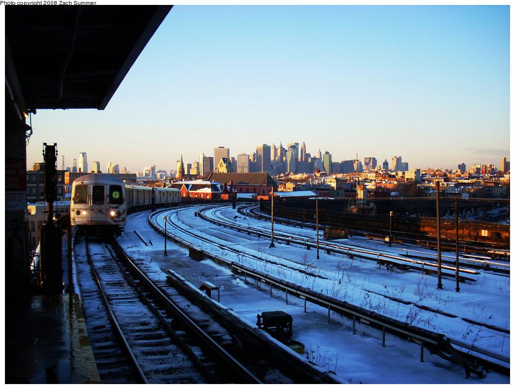 (285k, 1044x788)<br><b>Country:</b> United States<br><b>City:</b> New York<br><b>System:</b> New York City Transit<br><b>Line:</b> IND Crosstown Line<br><b>Location:</b> Smith/9th Street <br><b>Route:</b> G<br><b>Car:</b> R-46 (Pullman-Standard, 1974-75)  <br><b>Photo by:</b> Zach Summer<br><b>Date:</b> 12/21/2008<br><b>Viewed (this week/total):</b> 0 / 1969