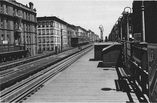 (130k, 669x439)<br><b>Country:</b> United States<br><b>City:</b> New York<br><b>System:</b> New York City Transit<br><b>Line:</b> 9th Avenue El<br><b>Location:</b> 86th Street <br><b>Viewed (this week/total):</b> 2 / 1946