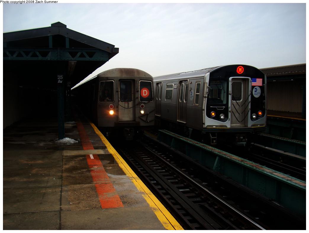 (193k, 1044x788)<br><b>Country:</b> United States<br><b>City:</b> New York<br><b>System:</b> New York City Transit<br><b>Line:</b> BMT West End Line<br><b>Location:</b> 25th Avenue <br><b>Route:</b> M Layup<br><b>Car:</b> R-160A-1 (Alstom, 2005-2008, 4 car sets)  8357 <br><b>Photo by:</b> Zach Summer<br><b>Date:</b> 12/24/2008<br><b>Viewed (this week/total):</b> 0 / 1524