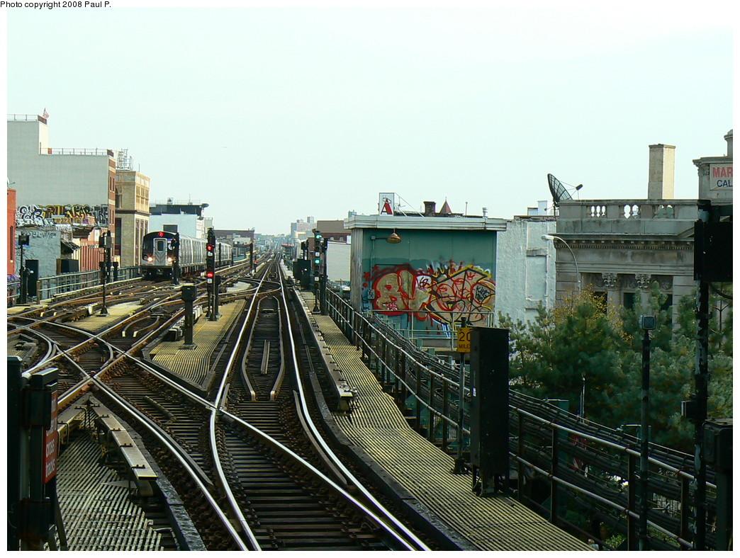 (283k, 1044x788)<br><b>Country:</b> United States<br><b>City:</b> New York<br><b>System:</b> New York City Transit<br><b>Line:</b> BMT Nassau Street/Jamaica Line<br><b>Location:</b> Myrtle Avenue <br><b>Route:</b> J<br><b>Car:</b> R-160A-1 (Alstom, 2005-2008, 4 car sets)   <br><b>Photo by:</b> Paul P.<br><b>Date:</b> 11/1/2008<br><b>Viewed (this week/total):</b> 3 / 2881