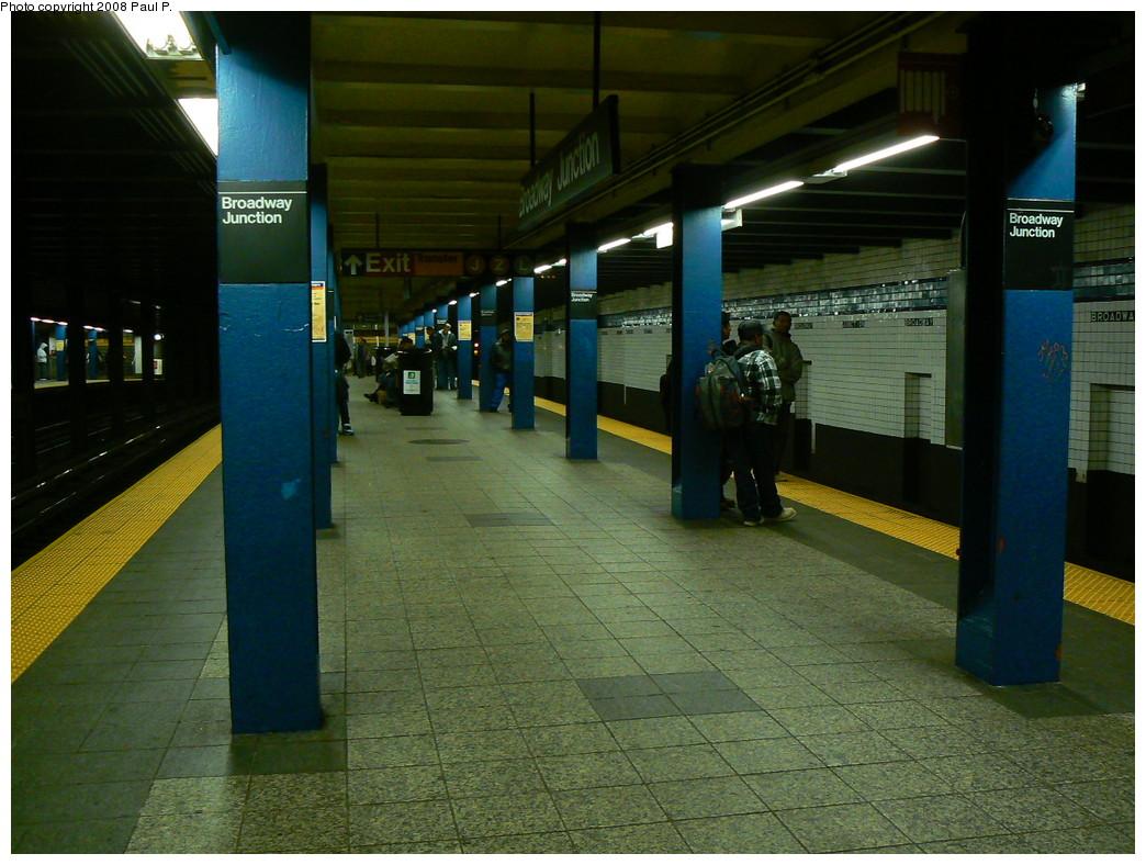 (256k, 1044x788)<br><b>Country:</b> United States<br><b>City:</b> New York<br><b>System:</b> New York City Transit<br><b>Line:</b> IND Fulton Street Line<br><b>Location:</b> Broadway/East New York (Broadway Junction) <br><b>Photo by:</b> Paul P.<br><b>Date:</b> 11/1/2008<br><b>Viewed (this week/total):</b> 0 / 1427