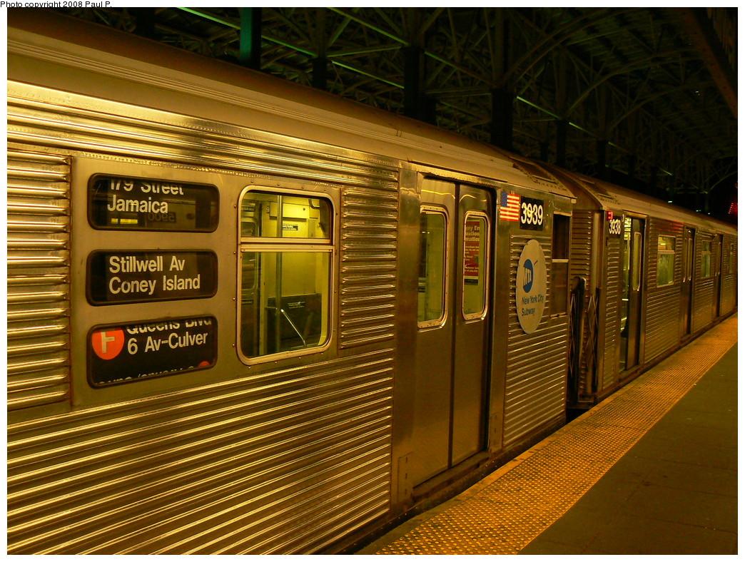 (336k, 1044x788)<br><b>Country:</b> United States<br><b>City:</b> New York<br><b>System:</b> New York City Transit<br><b>Location:</b> Coney Island/Stillwell Avenue<br><b>Route:</b> F<br><b>Car:</b> R-32 (Budd, 1964)  3939 <br><b>Photo by:</b> Paul P.<br><b>Date:</b> 11/1/2008<br><b>Viewed (this week/total):</b> 0 / 1858