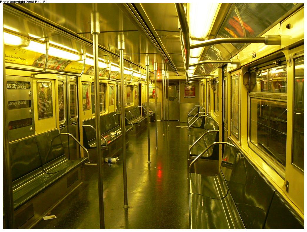 (319k, 1044x788)<br><b>Country:</b> United States<br><b>City:</b> New York<br><b>System:</b> New York City Transit<br><b>Route:</b> F<br><b>Car:</b> R-32 (Budd, 1964)  3939 <br><b>Photo by:</b> Paul P.<br><b>Date:</b> 11/1/2008<br><b>Viewed (this week/total):</b> 1 / 1545