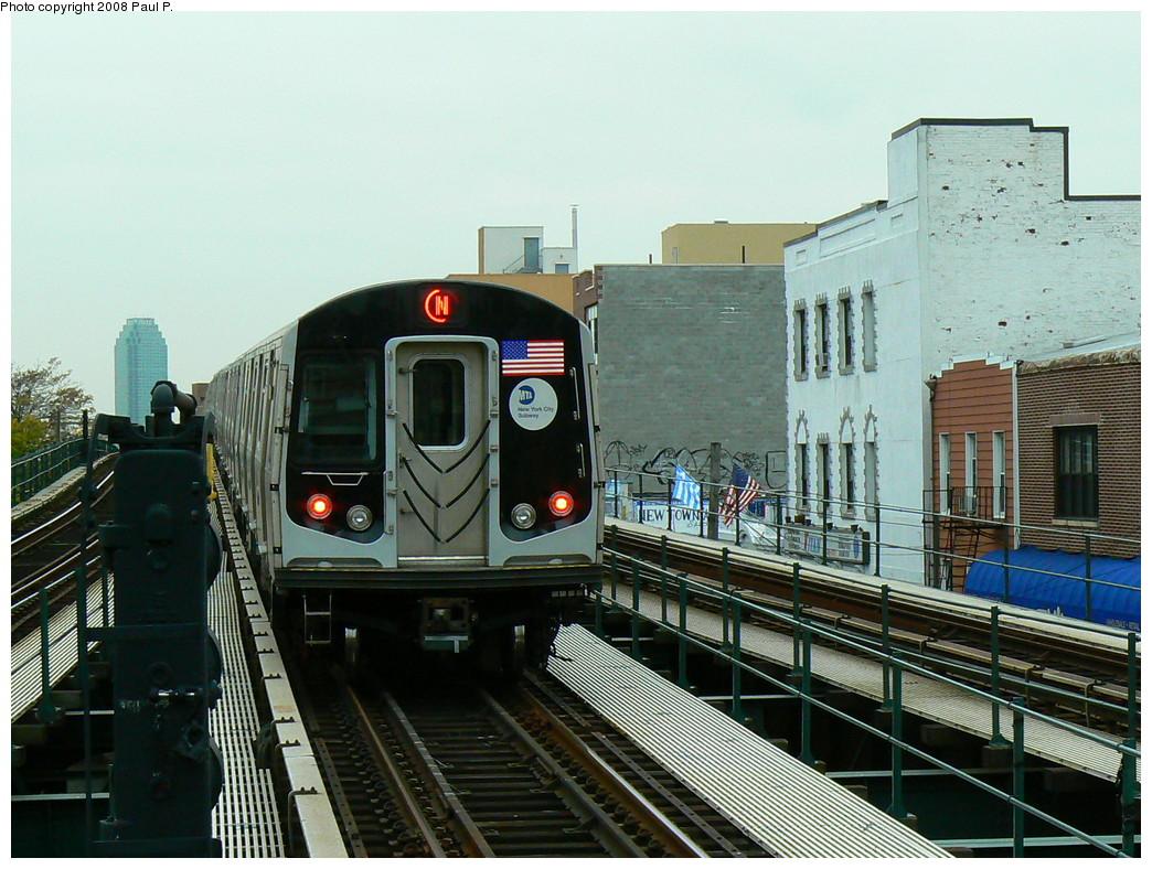 (273k, 1044x788)<br><b>Country:</b> United States<br><b>City:</b> New York<br><b>System:</b> New York City Transit<br><b>Line:</b> BMT Astoria Line<br><b>Location:</b> Astoria Boulevard/Hoyt Avenue <br><b>Route:</b> N<br><b>Car:</b> R-160A/R-160B Series (Number Unknown)  <br><b>Photo by:</b> Paul P.<br><b>Date:</b> 11/3/2008<br><b>Viewed (this week/total):</b> 1 / 1406