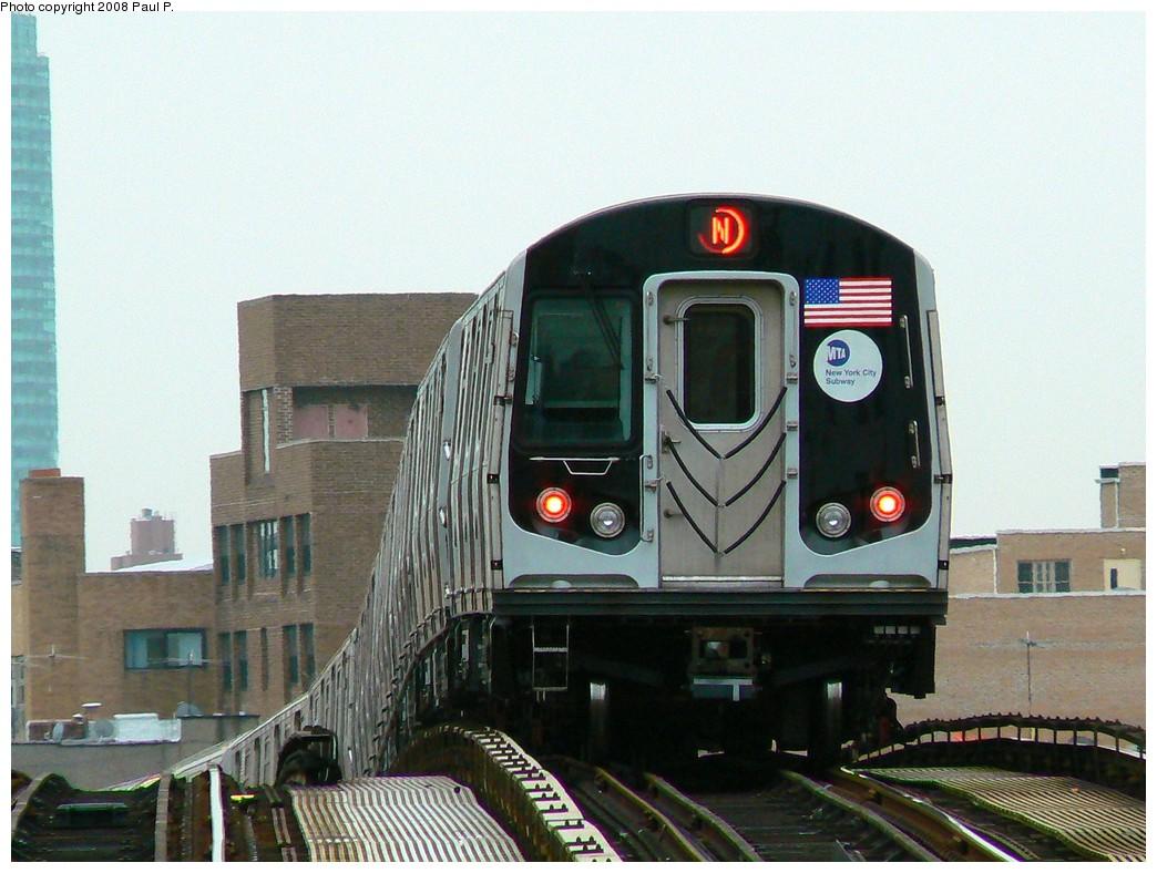 (219k, 1044x788)<br><b>Country:</b> United States<br><b>City:</b> New York<br><b>System:</b> New York City Transit<br><b>Line:</b> BMT Astoria Line<br><b>Location:</b> Astoria Boulevard/Hoyt Avenue <br><b>Route:</b> N<br><b>Car:</b> R-160A/R-160B Series (Number Unknown)  <br><b>Photo by:</b> Paul P.<br><b>Date:</b> 11/3/2008<br><b>Viewed (this week/total):</b> 0 / 1664