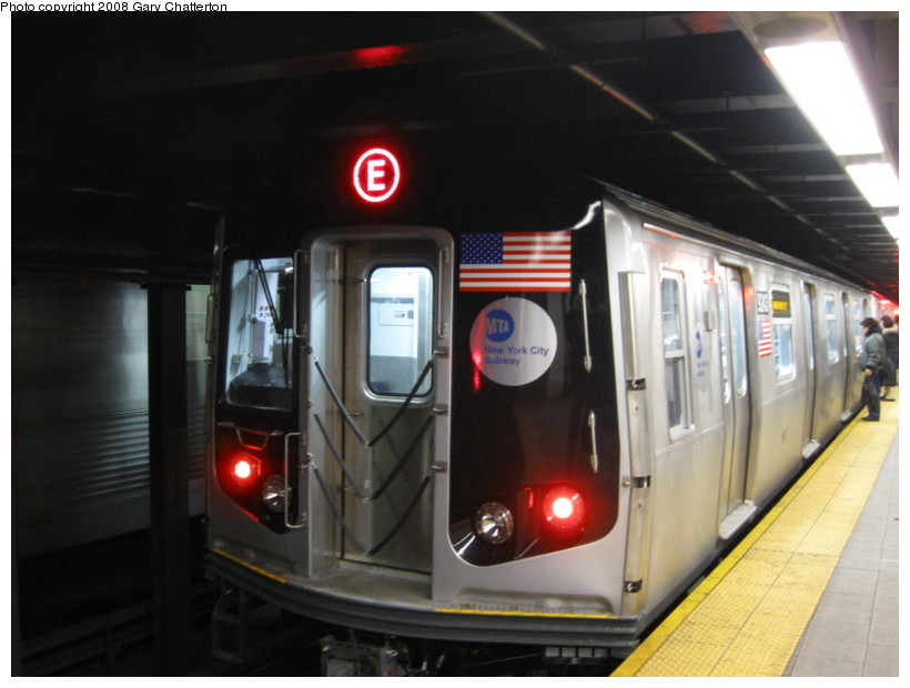(107k, 820x620)<br><b>Country:</b> United States<br><b>City:</b> New York<br><b>System:</b> New York City Transit<br><b>Line:</b> IND Queens Boulevard Line<br><b>Location:</b> Roosevelt Avenue <br><b>Route:</b> E<br><b>Car:</b> R-160A (Option 1) (Alstom, 2008-2009, 5 car sets)  9243 <br><b>Photo by:</b> Gary Chatterton<br><b>Date:</b> 12/23/2008<br><b>Viewed (this week/total):</b> 0 / 1514