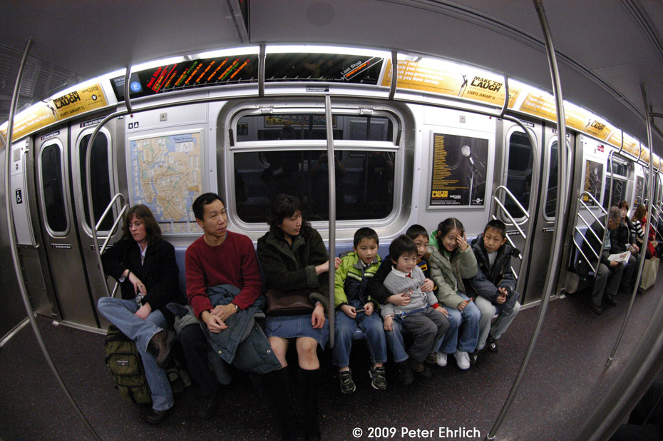 (240k, 930x618)<br><b>Country:</b> United States<br><b>City:</b> New York<br><b>System:</b> New York City Transit<br><b>Route:</b> E<br><b>Car:</b> R-160A (Option 1) (Alstom, 2008-2009, 5 car sets)  9242 <br><b>Photo by:</b> Peter Ehrlich<br><b>Date:</b> 12/28/2008<br><b>Viewed (this week/total):</b> 0 / 1949