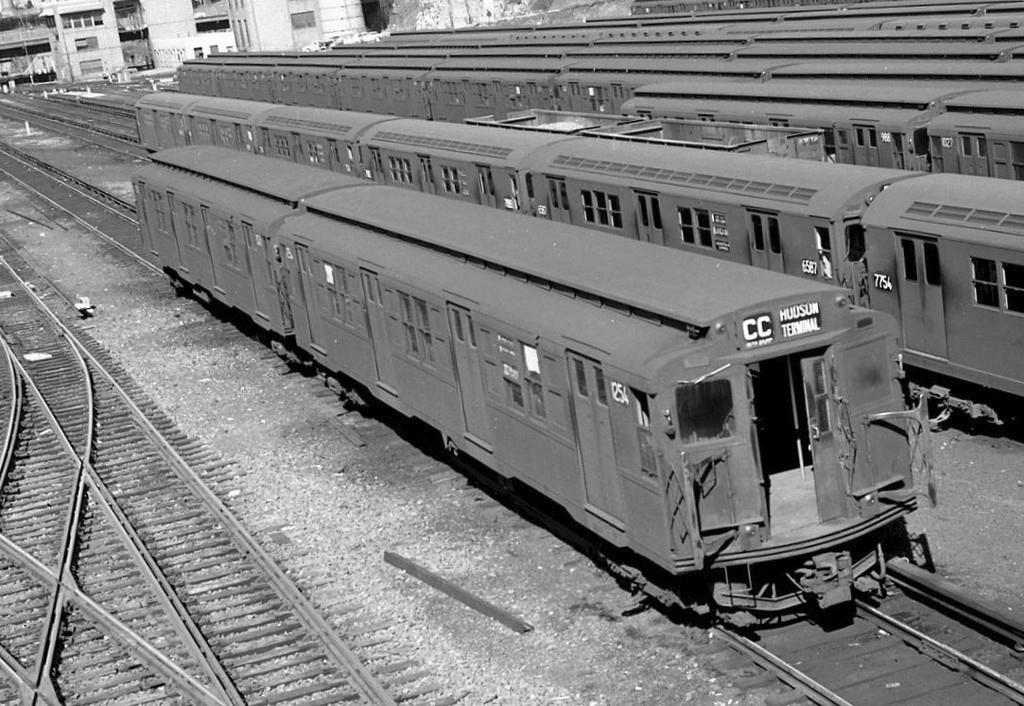 (181k, 800x531)<br><b>Country:</b> United States<br><b>City:</b> New York<br><b>System:</b> New York City Transit<br><b>Line:</b> BMT Culver Line<br><b>Location:</b> 13th Avenue <br><b>Car:</b> BMT-Low V  <br><b>Photo by:</b> Joel Shanus<br><b>Viewed (this week/total):</b> 2 / 3439