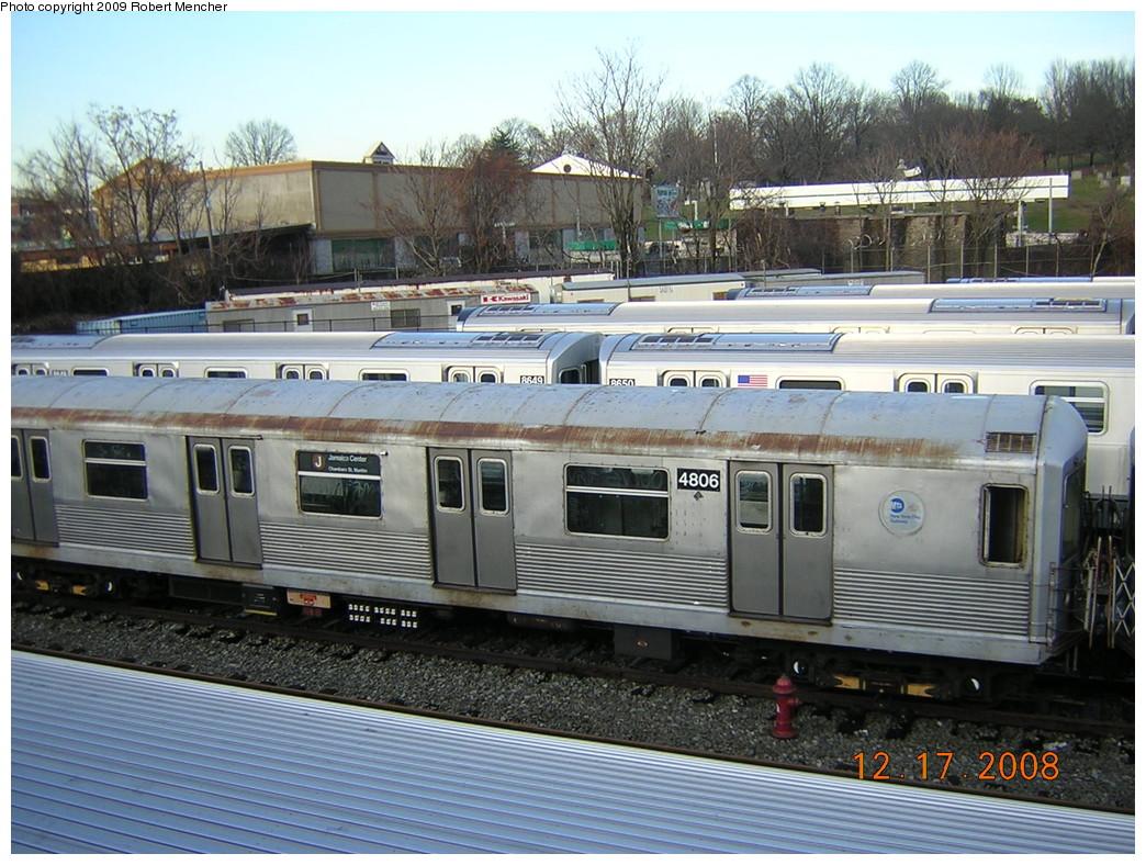 (287k, 1044x788)<br><b>Country:</b> United States<br><b>City:</b> New York<br><b>System:</b> New York City Transit<br><b>Location:</b> East New York Yard/Shops<br><b>Car:</b> R-42 (St. Louis, 1969-1970)  4806 <br><b>Photo by:</b> Robert Mencher<br><b>Date:</b> 12/17/2008<br><b>Viewed (this week/total):</b> 0 / 941