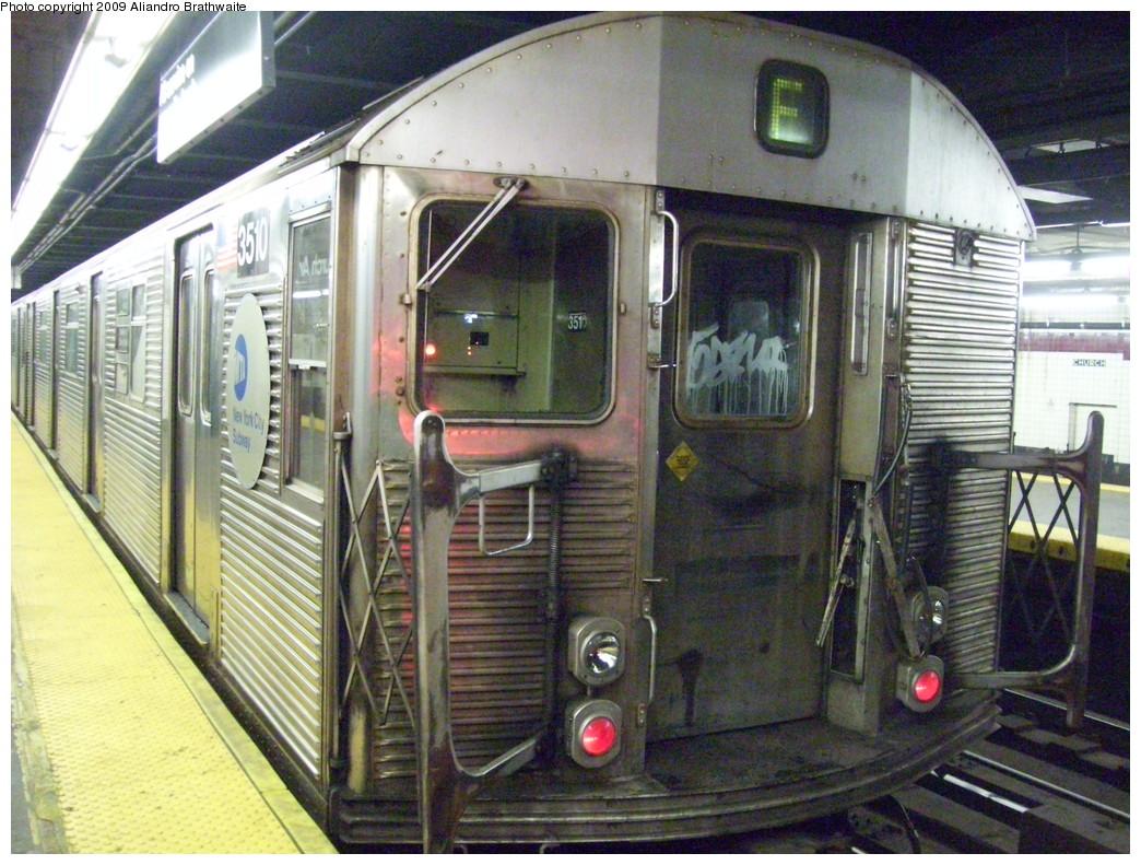 (280k, 1044x791)<br><b>Country:</b> United States<br><b>City:</b> New York<br><b>System:</b> New York City Transit<br><b>Line:</b> IND Crosstown Line<br><b>Location:</b> Church Avenue <br><b>Route:</b> F<br><b>Car:</b> R-32 (Budd, 1964)  3510 <br><b>Photo by:</b> Aliandro Brathwaite<br><b>Date:</b> 12/20/2008<br><b>Viewed (this week/total):</b> 0 / 1994