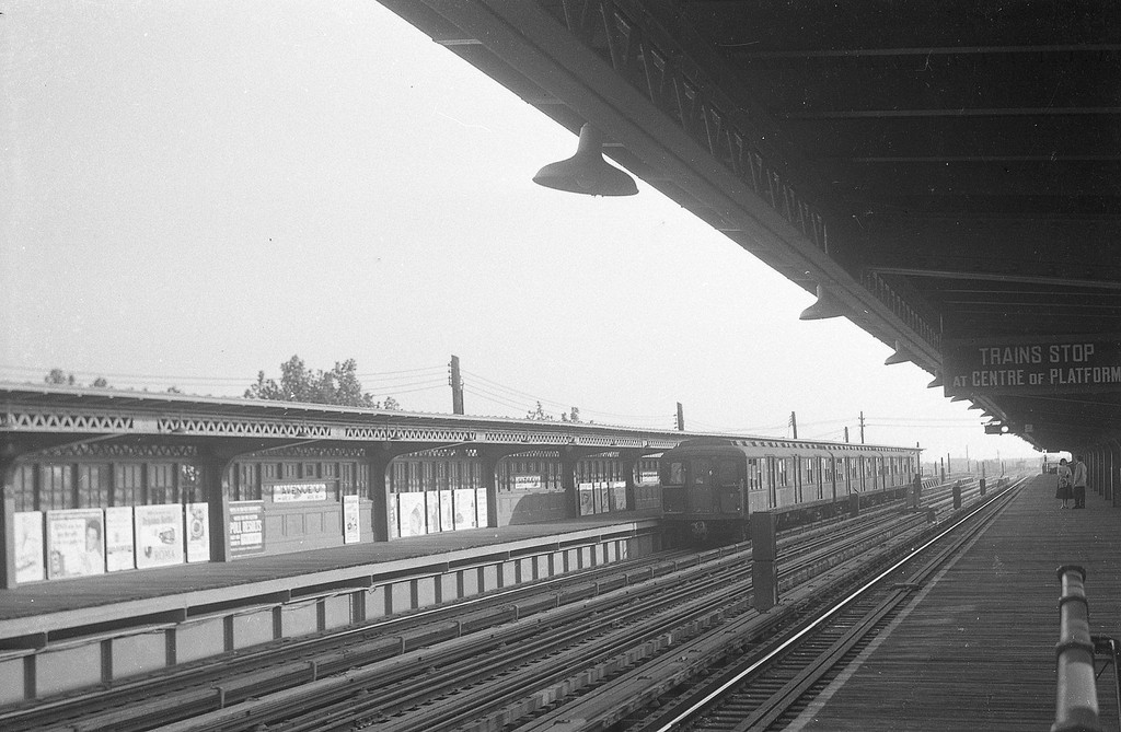 (261k, 820x567)<br><b>Country:</b> United States<br><b>City:</b> New York<br><b>System:</b> New York City Transit<br><b>Location:</b> 207th Street Yard<br><b>Car:</b> R-3 Motor Flat Car (Drill Motor) (Magor Car, 1932)  41 (20010) <br><b>Photo by:</b> Joel Shanus<br><b>Date:</b> 10/1962<br><b>Viewed (this week/total):</b> 0 / 2184