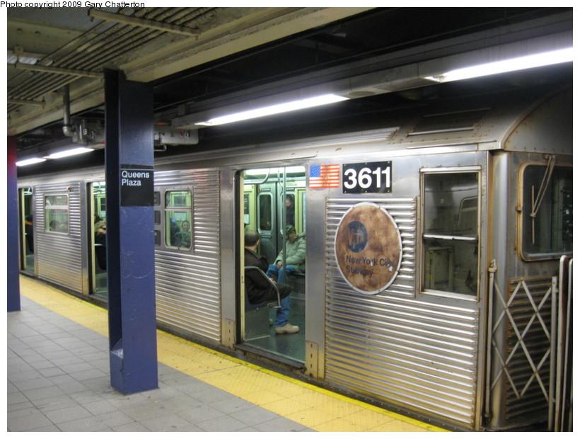 (143k, 820x620)<br><b>Country:</b> United States<br><b>City:</b> New York<br><b>System:</b> New York City Transit<br><b>Line:</b> IND Queens Boulevard Line<br><b>Location:</b> Queens Plaza <br><b>Route:</b> E<br><b>Car:</b> R-32 (Budd, 1964)  3611 <br><b>Photo by:</b> Gary Chatterton<br><b>Date:</b> 12/14/2008<br><b>Viewed (this week/total):</b> 0 / 1787