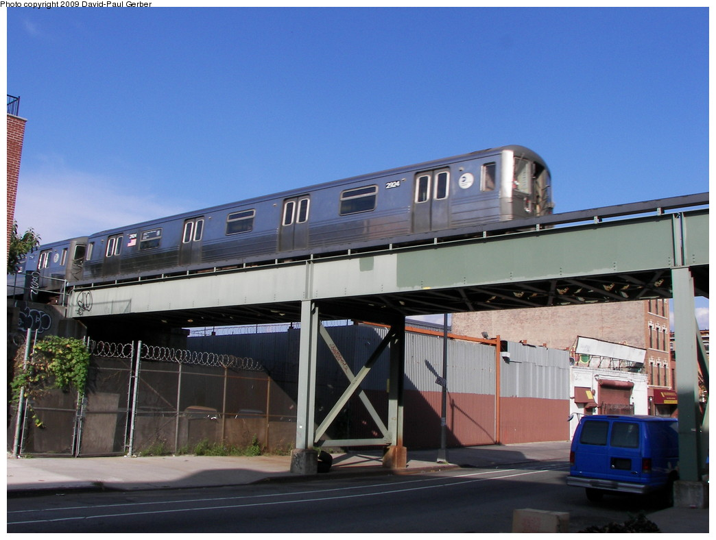 (242k, 1044x788)<br><b>Country:</b> United States<br><b>City:</b> New York<br><b>System:</b> New York City Transit<br><b>Line:</b> BMT Franklin<br><b>Location:</b> Dean Street <br><b>Photo by:</b> David-Paul Gerber<br><b>Date:</b> 8/30/2009<br><b>Notes:</b> Location of former Dean St. station<br><b>Viewed (this week/total):</b> 1 / 4096